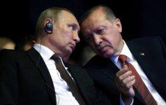 Rusija ir Turkija susitarė panaikinti dvišalės prekybos apribojimus