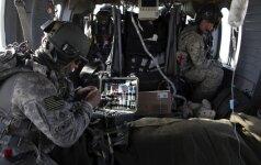 JAV medicininės evakuacijos sraigtasparnio Black Hawk įranga
