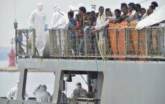 Prie Italijos krantų vyko masinė migrantų gelbėjimo operacija