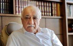 Turkijoje išduota 260 naujų arešto orderių suimti G. Guleno šalininkus
