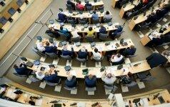 Seimas svarstys siūlymą nuo kitos kadencijos sumažinti parlamentarų išeitines