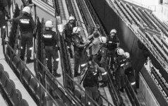 Policijos ir saugos tarnybos pratybos – agresyviems krepšinio fanams tramdyti