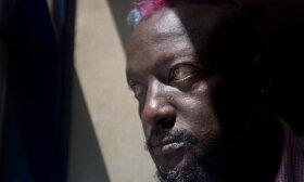 Mirė tarptautiniu mastu pripažintas Kenijos rašytojas Binyavanga Wainaina