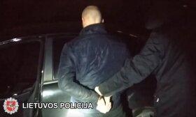 Vilniaus rajone sulaikytas neblaivus ir, įtariama, nuo narkotikų apsvaigęs Lietuvos kariuomenės karys