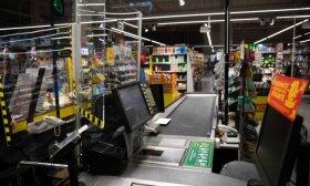 Prekybininkai apie valdžios planus į dideles parduotuves leisti tik su Galimybių pasu: kils riaušės, teks kviesti policiją