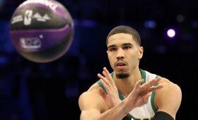 NBA įgūdžių konkurse – pergalė metimu iš aikštelės vidurio
