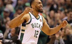 """Trilerių gausa pažymėtoje """"Bucks"""" ir """"Celtics"""" serijoje Milvokio klubas atstatė lygybę"""