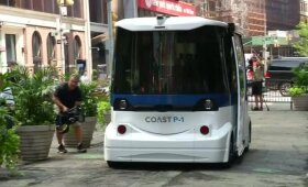 Niujorke pademonstruotas pirmasis savavaldis maršrutinis autobusas