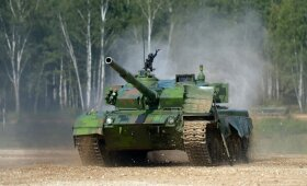 Kinija gyrėsi vienais moderniausių tankų pasaulyje, tačiau gėdingas pralaimėjimas atskleidė itin nemalonią tiesą