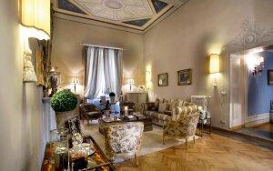 Viešbučių valdytojos namuose - klasikinis stilius su antikvariato prieskoniu