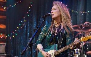 M. Streep herojės dukrą suvaidino tikroji aktorės duktė Mamie Gummer