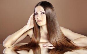 Natūralus būdas, padėsiantis susigrąžinti plaukų grožį