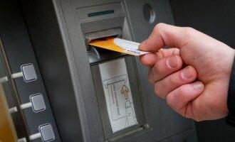 Ar tikrai mokate naudotis bankomatu?