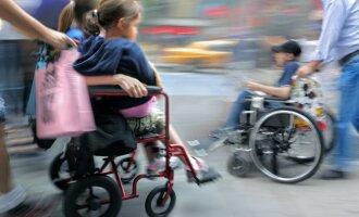 Lietuvos žmonės kviečiami padėti 30 000 negalios paliestų vaikų šeimoms