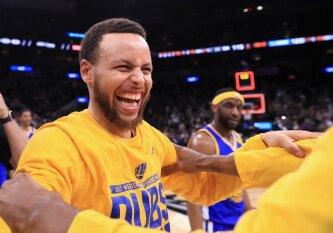 """Nesustabdomi """"Warriors"""" – Vakarų konferencijos čempionai ir įspūdingo NBA rekordo autoriai"""