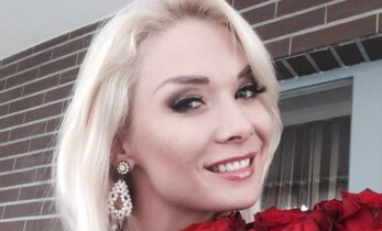 Natalijai Bunkei apnuoginus pilvuką pasimatė šonkauliai