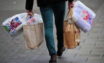 """Palygino apsipirkimą internetu: """"Barbora"""" ir """"Fresh market"""" pliusai ir minusai"""