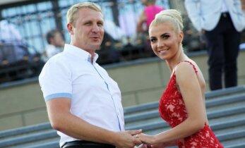 Andrius Šedžius įvertino naują savo gražuolės žmonos plaukų spalvą
