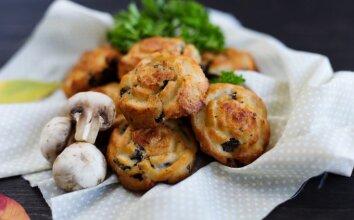 Bulvių keksiukai su pievagrybiais