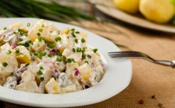 Tradicinės VOKIŠKOS bulvių salotos
