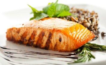 KŪČIŲ STALUI: 10 žuvies patiekalų receptų
