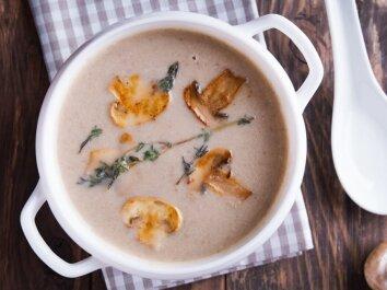 Trinta pievagrybių sriuba su sūriu