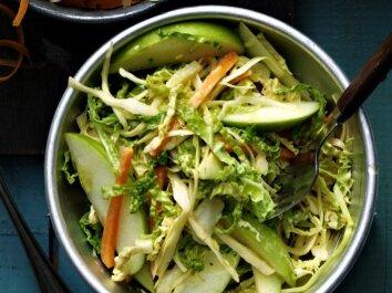 Aštrios kopūstų salotos