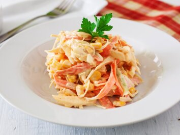 Morkų ir kopūstų salotos kitaip