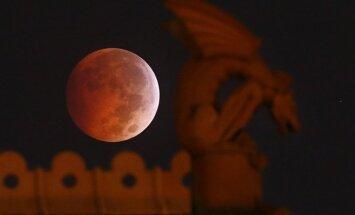 Kruvinasis Mėnulis