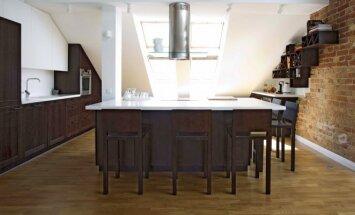 Virtuvės sala: dizainerė pataria, kas svarbiausia ją projektuojant