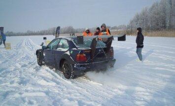 Lenktynės ant ledo