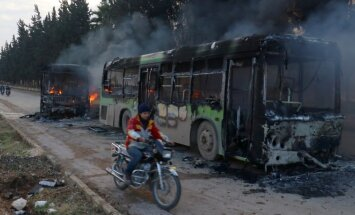 Sirijoje padegti žmonių evakavimo autobusai