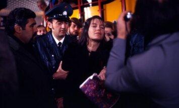 Kadras iš filmo Prarasta Katarinos Blum garbė