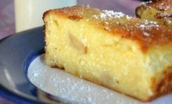 Burnoje tirpstantis varškės ir citrinų pyragas