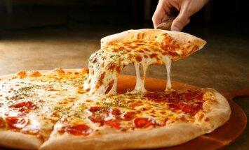 Atskleidė geriausią būdą šildyti picą: padas vėl bus traškus, o sūris – ištirpęs