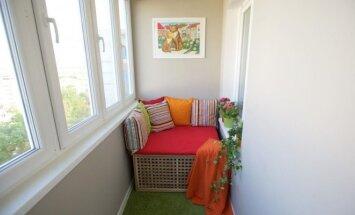 Kaip jaukiai įsirengti standartinį įstiklintą balkoną: paprastai įgyvendinama idėja