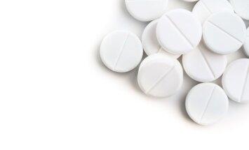 Kas nutiks, jei populiarią tabletę nuo skausmo įdėsite į skalbyklę