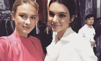 Karolina Aleknaitė su Kendall Jenner
