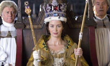 Kadras iš filmo apie karalienę Viktoriją
