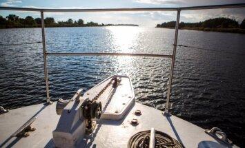 Plaukimas laivu (asociatyvi nuotr.)