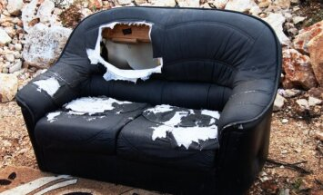 "<span style=""color: #ff0000;"">Konkursas:</span> mano baisiausia sofa"