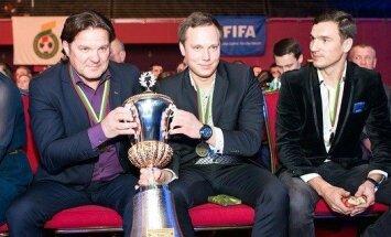 Gintaras Radavičius (kairėje)