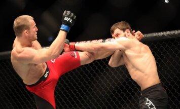 UFC. Michailas Cirkunovas (kairėje) prieš Nikitą Krylovą