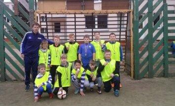 """Trakuose vyko mokinių futbolo turnyras FC """"Vėtros"""" 20 metų gimtadieniui paminėti"""