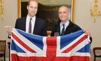 Princas Williamas, Henry Worsley