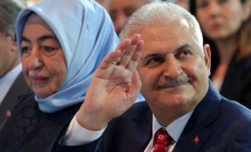 Binali Yildirimas su žmona