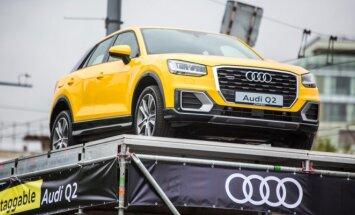Audi Q2 automobilis ant Žaliojo tilto
