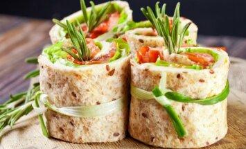 Tobulas receptas savaitgaliui: lavašas su maskarponės sūriu ir džiovintais pomidorais