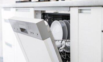 Ką daryti, jei indaplovė neišplauna indų iki galo: tipiškos klaidos