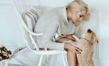 Laura Adomaitytė su šuniu Viržiu (M. Markevičiūtės nuotr.)